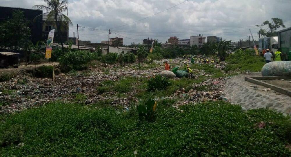 Déchets plastiques au Cameroun