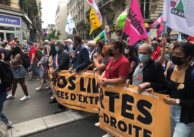 «Une marche des libertés» pour «combattre les idées d'extrême droite» se tient à Paris, le 12 juin 2021