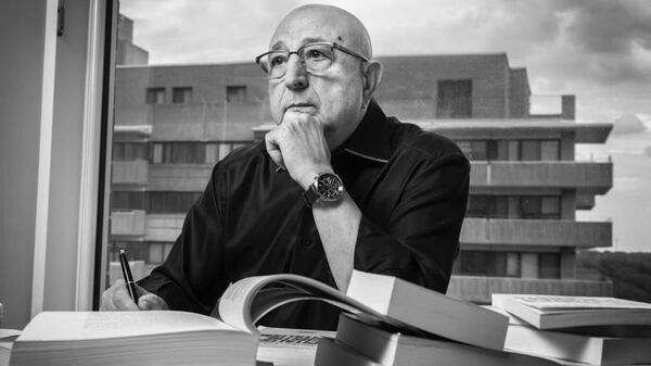 Le professeur Omar Aktouf - Sputnik France