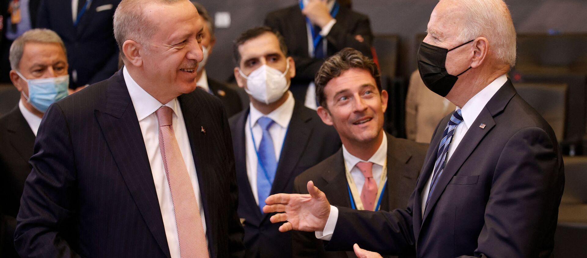 Rencontre d'Erdogan et Biden - Sputnik France, 1920, 01.09.2021