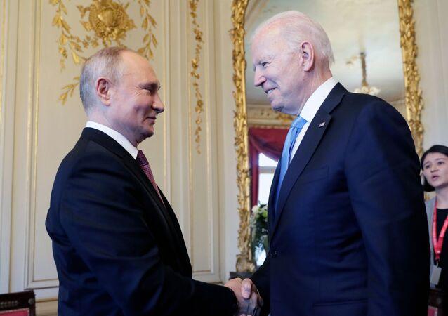 Poutine et Biden lors de leur rencontre à Genève, le 16 juin 2021