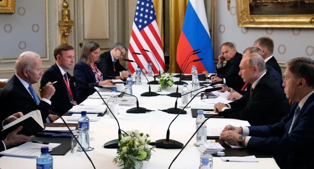 Rencontre de Poutine et Biden à comité élargi, 16 juin 2021