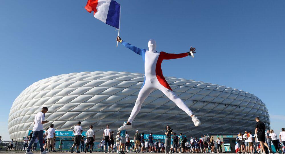Un supporter du match opposant la France à l'Allemagne le 15 juin 2021
