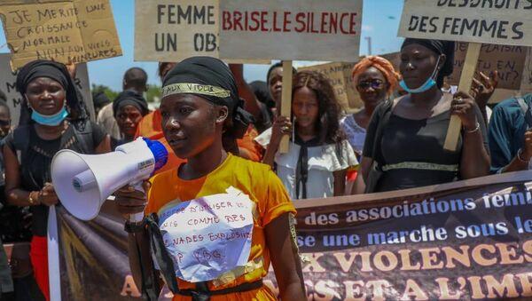 La première marche contre les violences basées sur le genre autorisée au Tchad s'est déroulée le 21 juin.  - Sputnik France