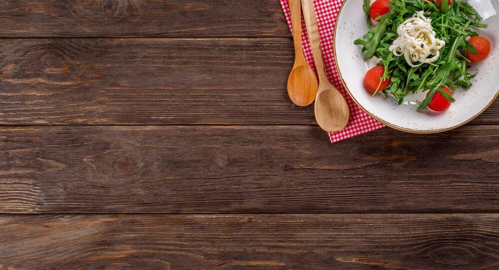 Un repas sur la table (image d'illustration)