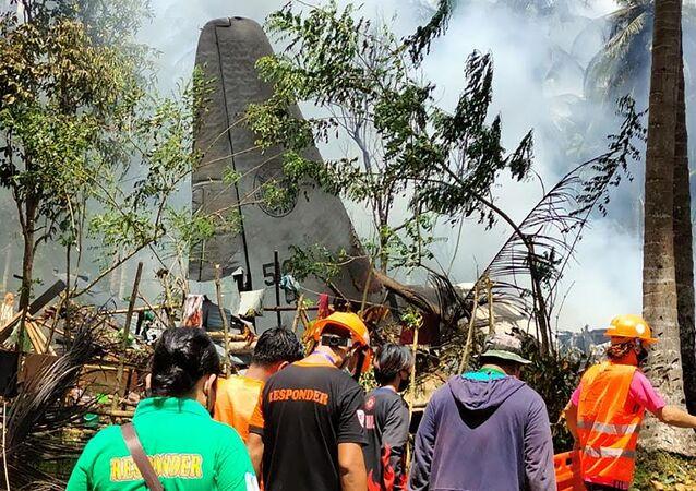 Les lieux du crash d'un avion militaire aux Philippines, le 4 juillet 2021