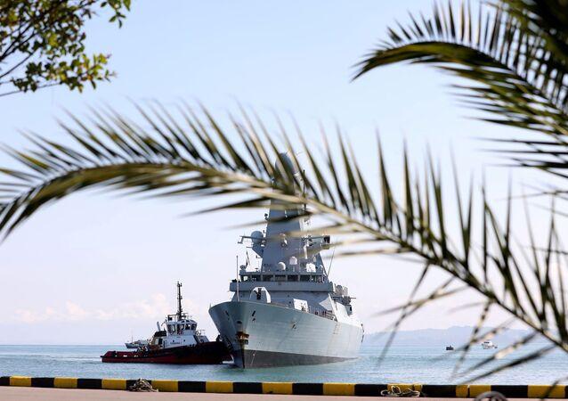 Le destroyer britannique HMS Defender en mer Noire (archives)