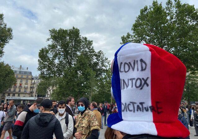 Manifestation contre le pass sanitaire, place de la République à Paris, 14 juillet 2021