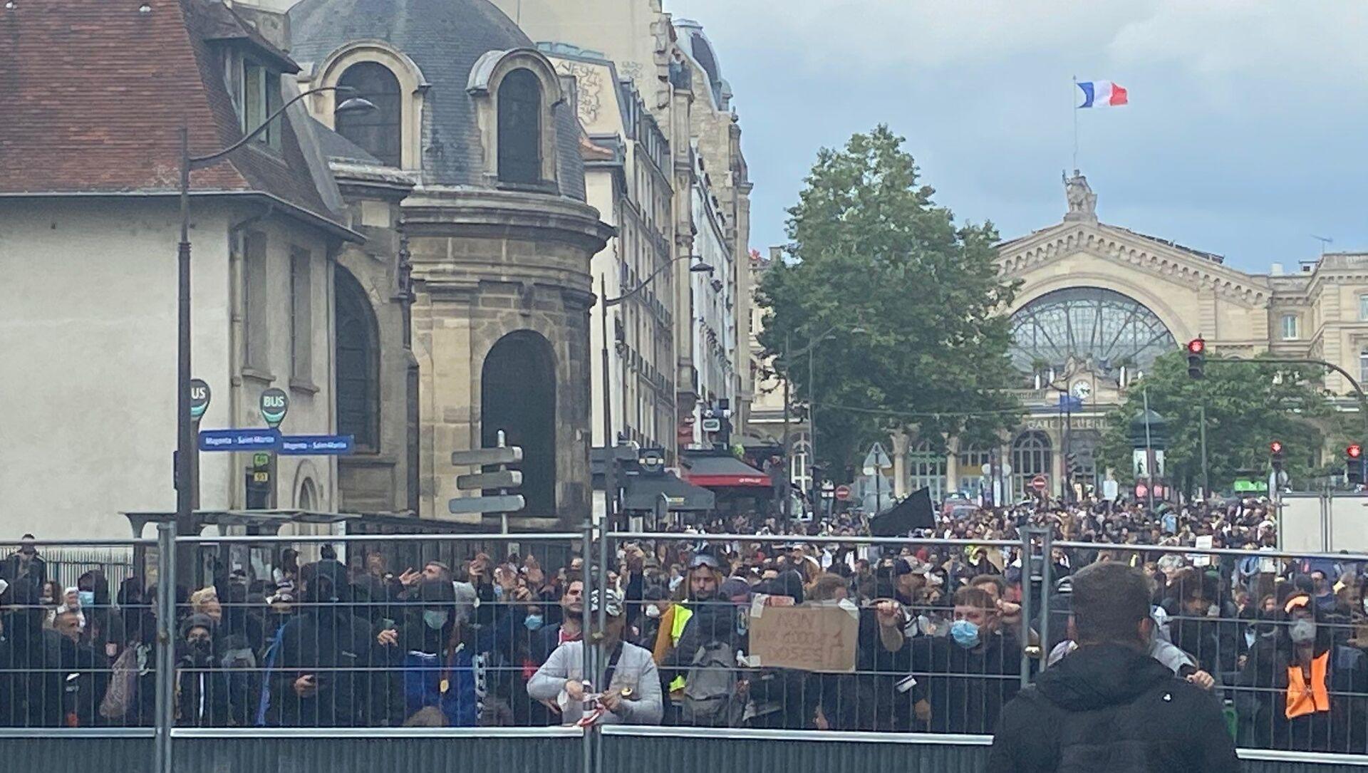 Manifestation contre le pass sanitaire à Paris, 14 juillet 2021 - Sputnik France, 1920, 22.08.2021