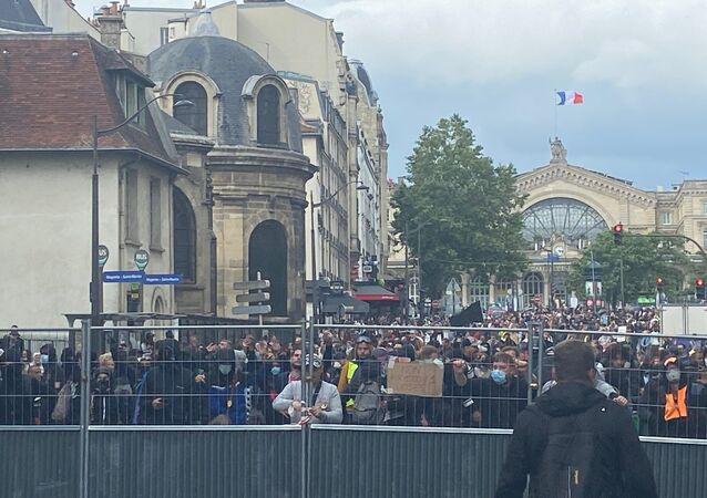 Manifestation contre le pass sanitaire à Paris, 14 juillet 2021