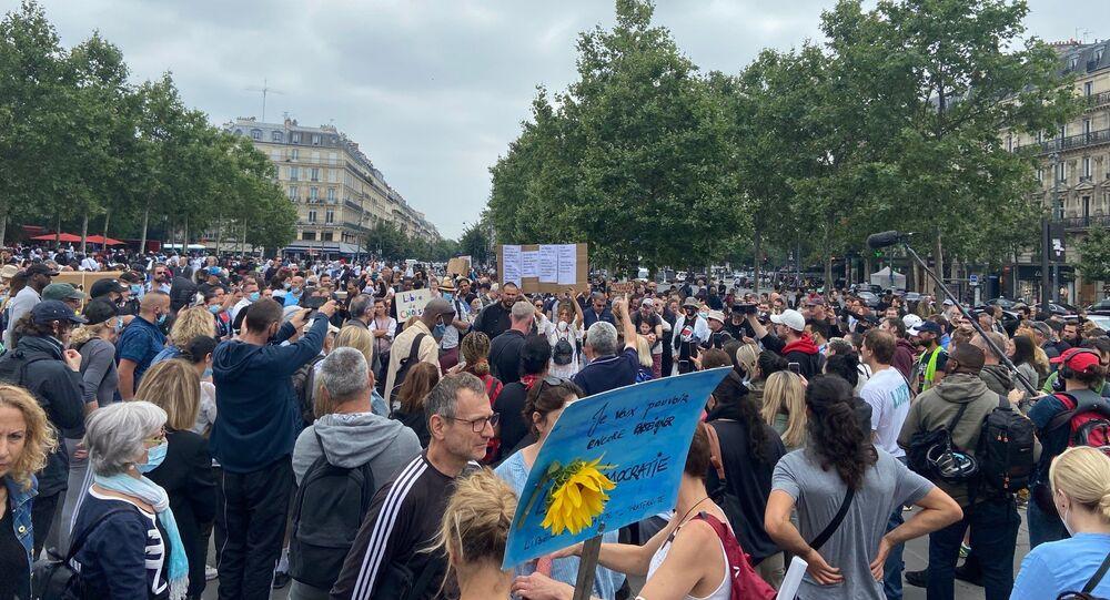 Une manifestation contre le pass sanitaire à Paris, le 17 juillet 2021