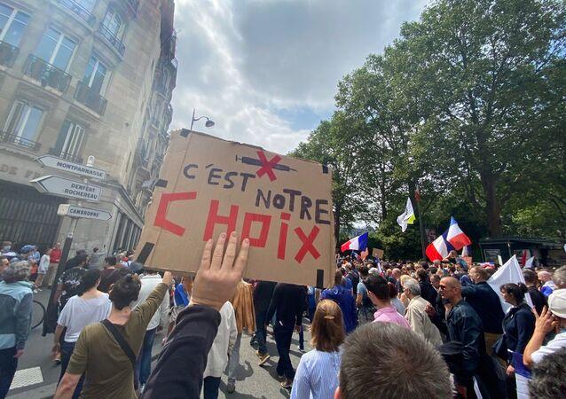 Rassemblement contre les nouvelles mesures anti-Covid à Paris, le 17 juillet 2021