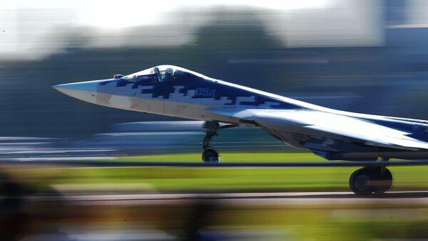 Un chasseur russe de cinquième génération Sukhoi Su-57  - Sputnik France