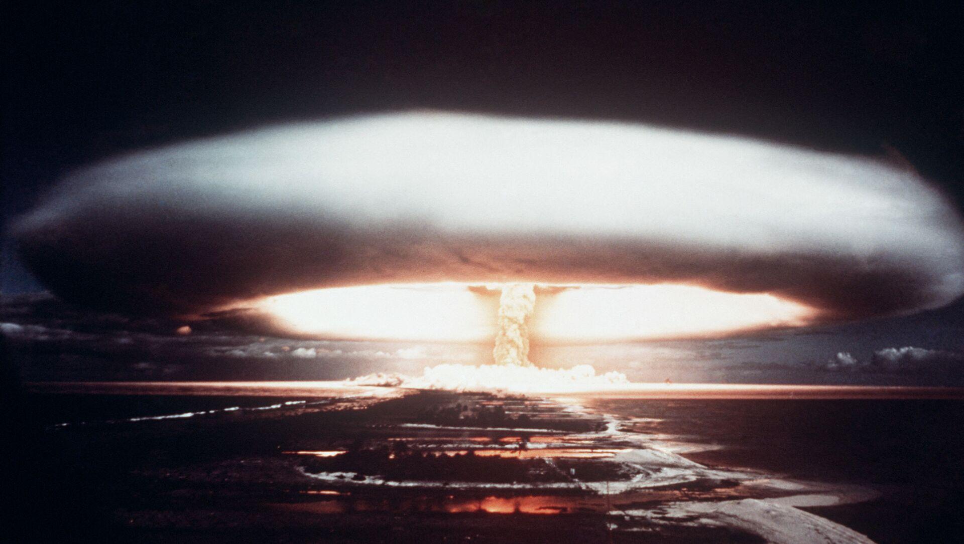 Explosion nucléaire à Mururoa en 1971 - Sputnik France, 1920, 28.07.2021