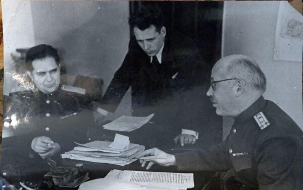 Assistant et adjoint de l'accusateur en chef soviétique - Sputnik France