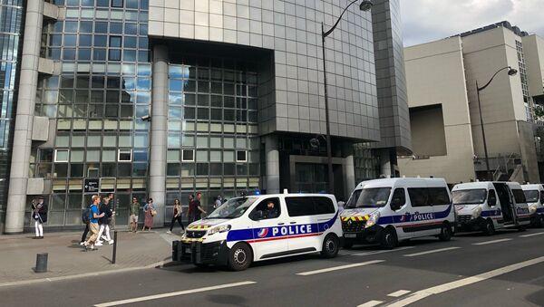 Voitures de police à Paris - Sputnik France