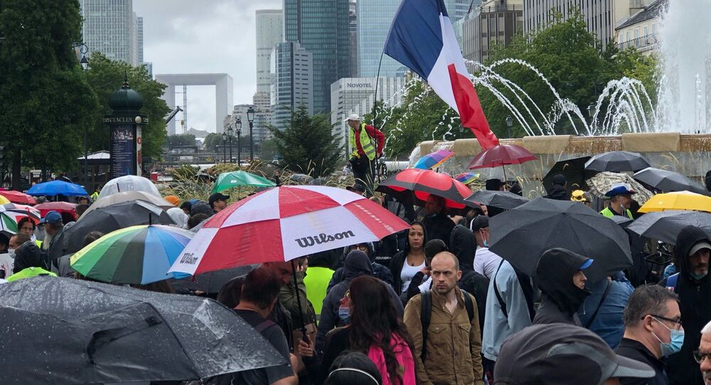 Quatrième week-end de mobilisation à Paris contre le pass sanitaire