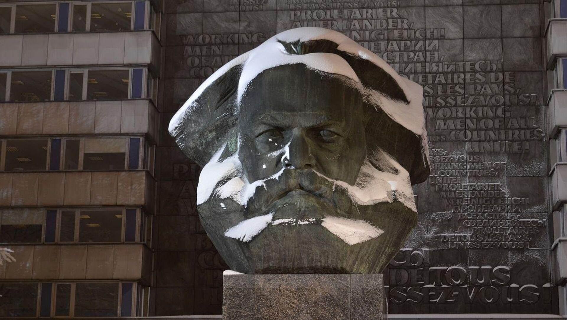 Un buste de Karl Marx - Sputnik France, 1920, 11.08.2021