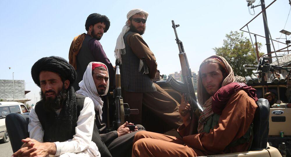 Talibans à Kaboul après la reprise du pouvoir