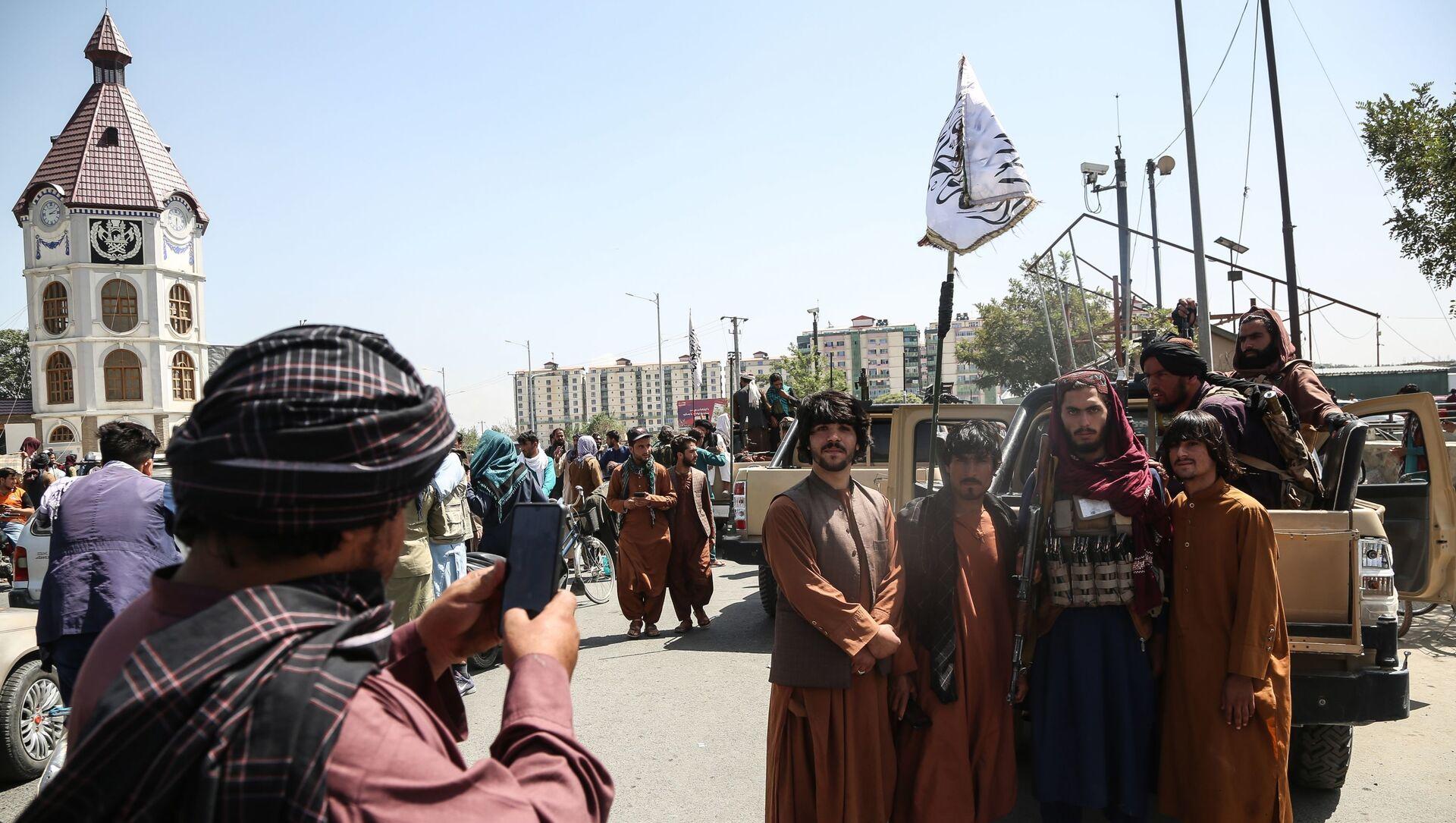 Des talibans* à Kaboul - Sputnik France, 1920, 11.09.2021
