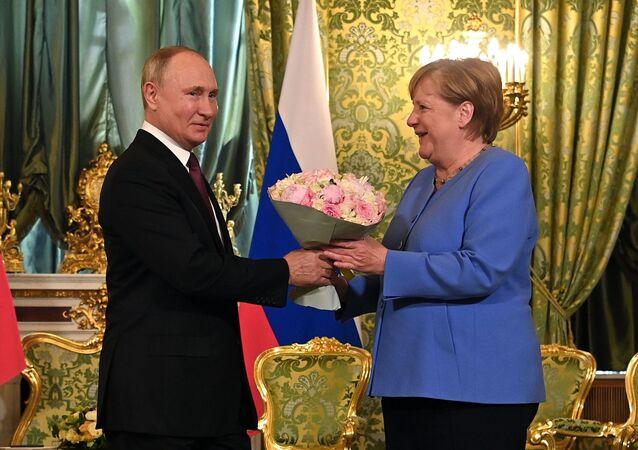 La rencontre Merkel-Poutine