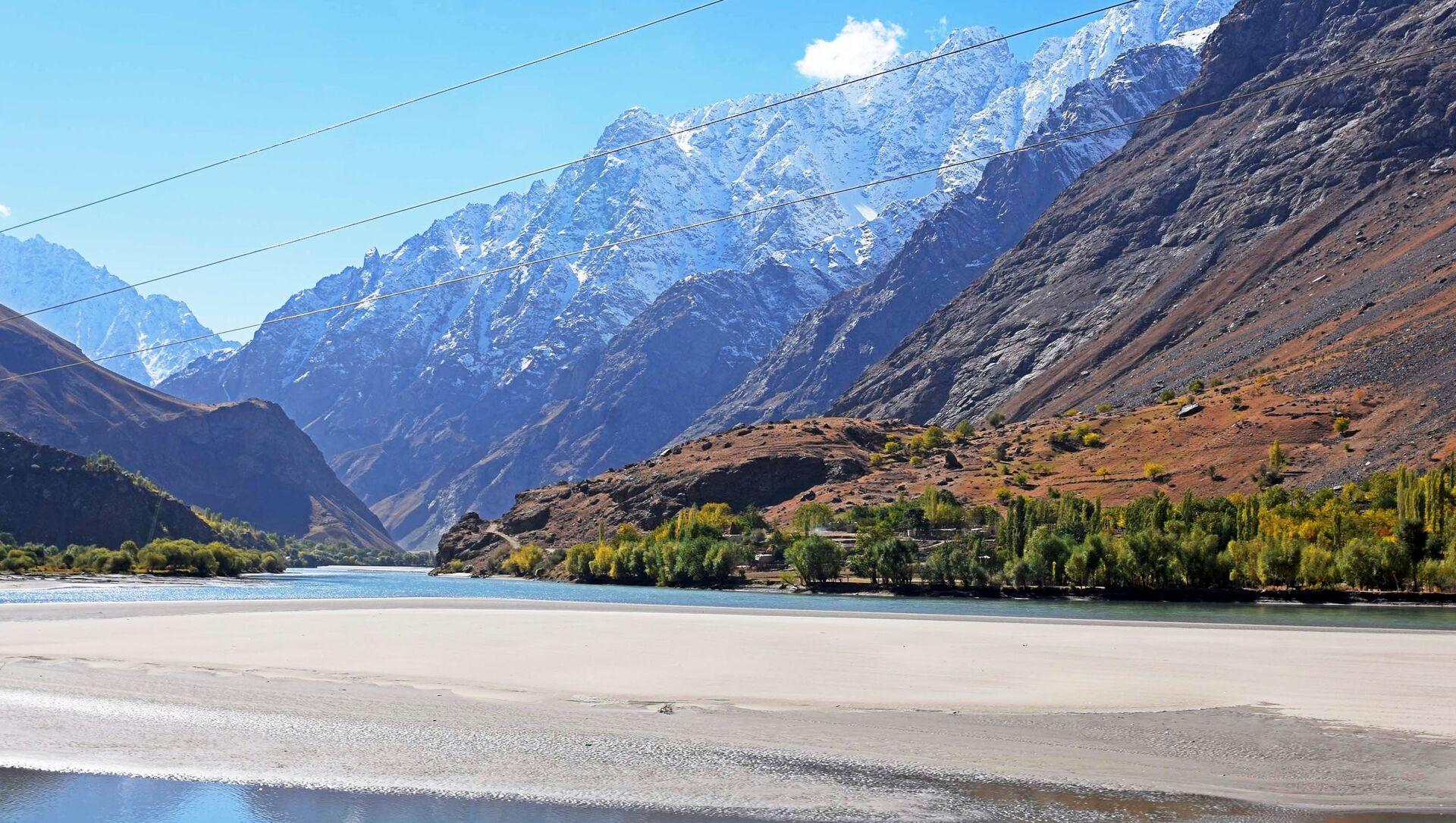 Le fleuve Pamir, à la frontière entre le Tadjikistan et l'Afghanistan - Sputnik France, 1920, 23.08.2021