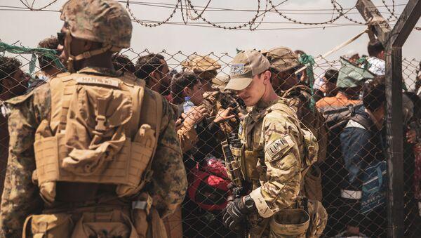 Évacuation à l'aéroport Hamid Karzai de Kaboul (archive photo) - Sputnik France