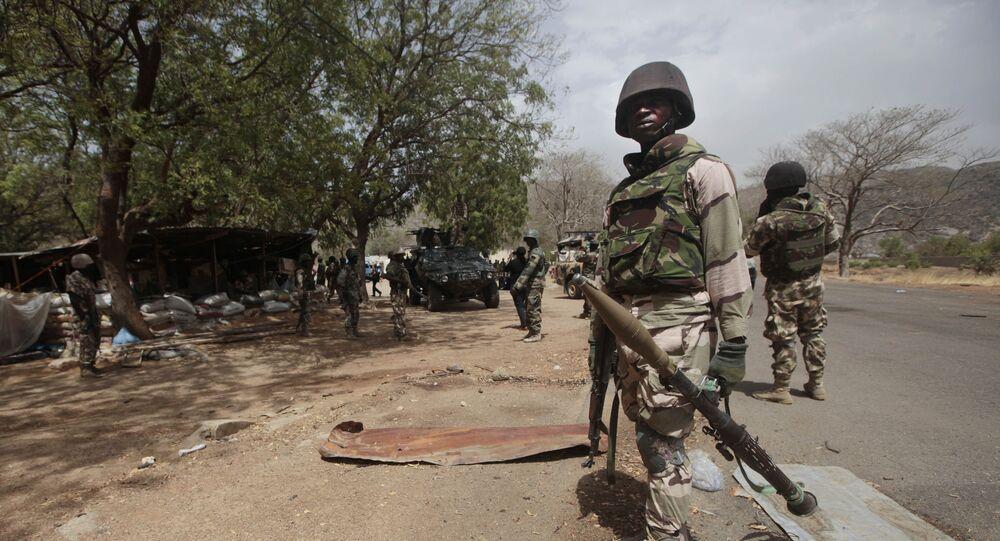 Des soldats nigérians à un poste de contrôle de Gwoza, au Nigeria