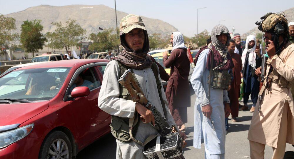 Des talibans*