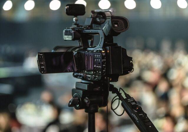 Une caméra, image d'illustration