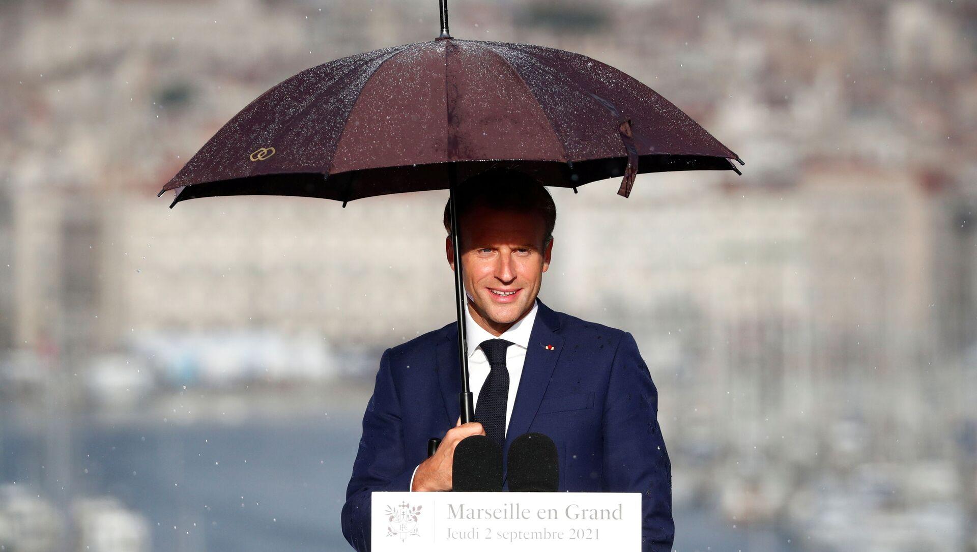 Emmanuel Macron lors de sa visite à Marseille - Sputnik France, 1920, 08.09.2021