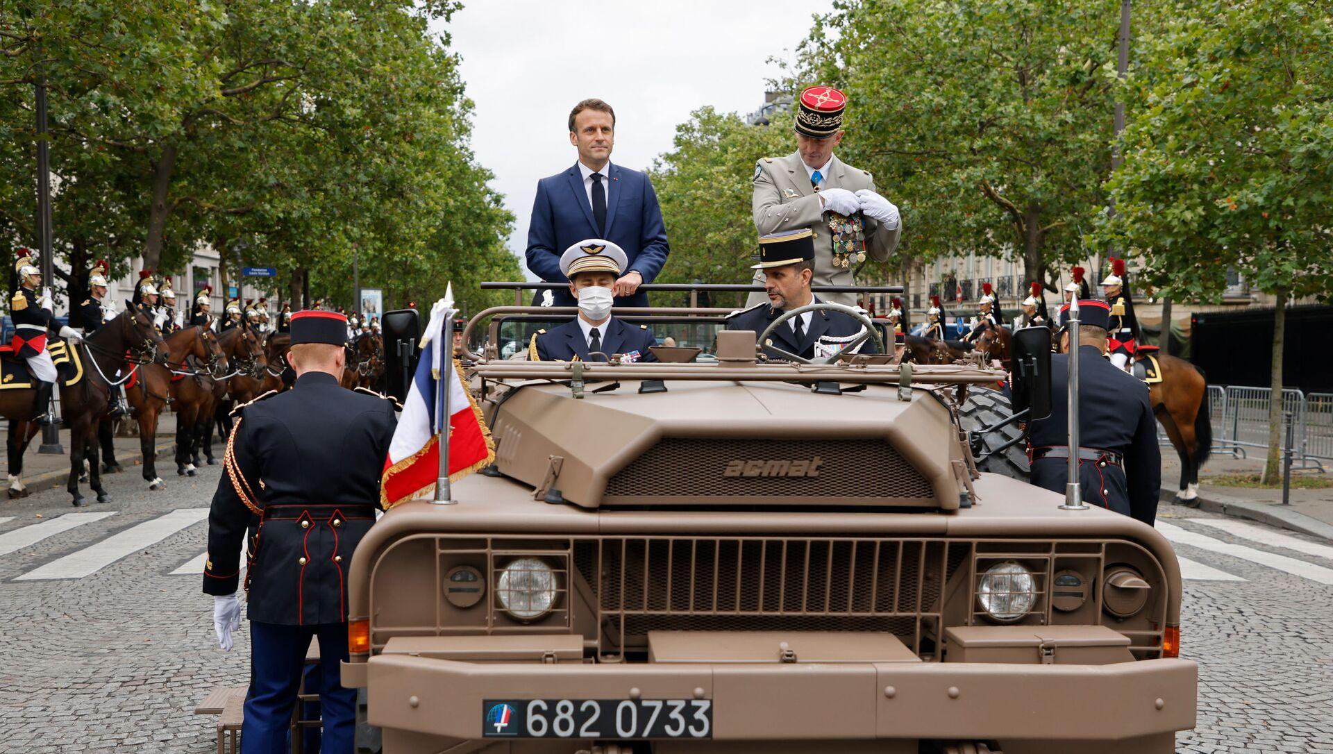 Emmanuel Macron le 14 juillet 2021 - Sputnik France, 1920, 07.09.2021
