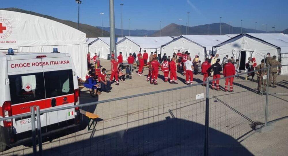 Un camp de réfugiés afghans à Avezzano, en Italie.