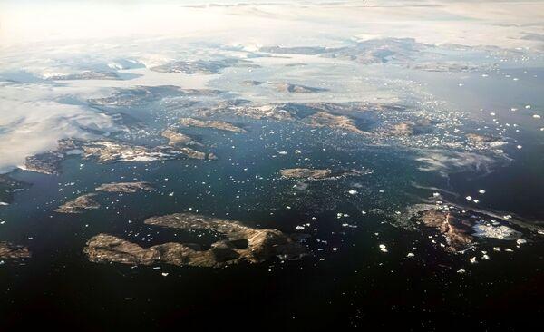 Il a plu au Groenland le 14 août. Pour la première fois dans l'histoire des observations météorologiques, les précipitations sont tombées à une altitude d'environ 3.000 mètres au-dessus du niveau de la mer, au point culminant de la calotte glaciaire du Groenland. - Sputnik France