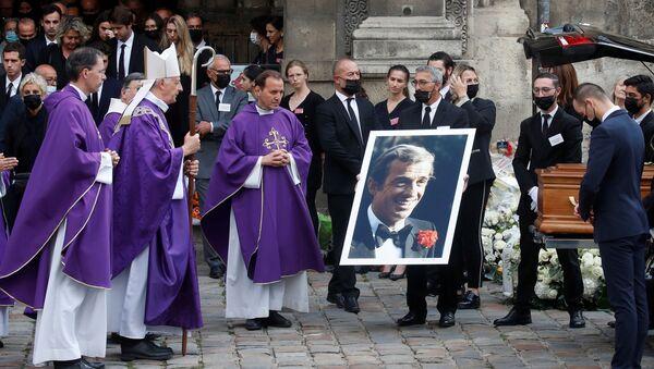 La France a dit adieu à Jean-Paul Belmondo - Sputnik France