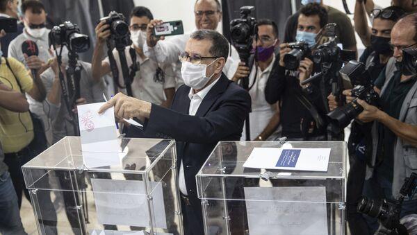 Saadeddine Othmani, leader du PJD et Premier ministre sortant, vote dans sa commune de Salé, le 8 septembre 2021 - Sputnik France
