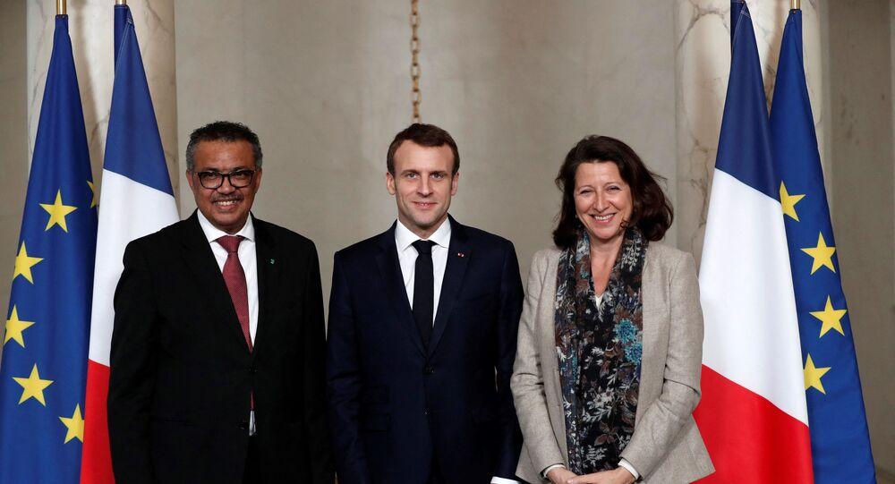 Le Président de la République française Emmanuel Macron, le directeur de l'Organisation mondiale de la Santé Tedros Adhanom Ghebreyesus et l'ex-ministre de la Santé Agnès Buzyn, janvier 2019