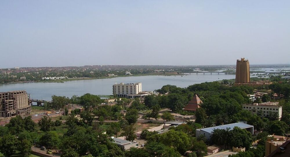 Bamako sur les rives du fleuve Niger