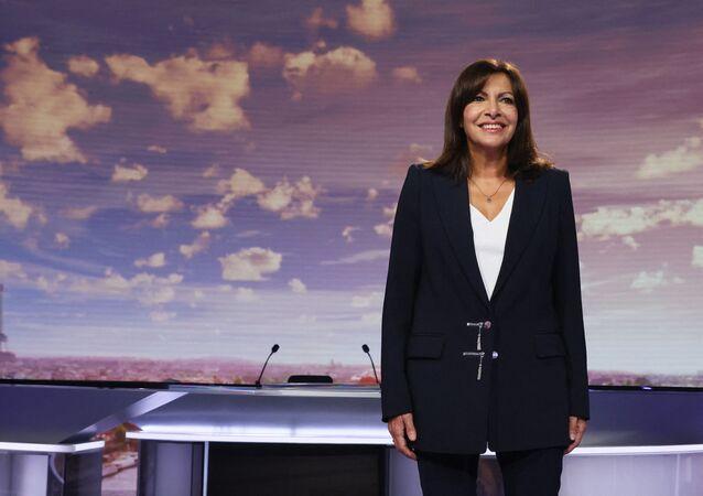 La mairie de Paris et candidate à la présidentielle 2022, Anne Hidalgo, sur le plateau de France 2 le 12 septembre 2021