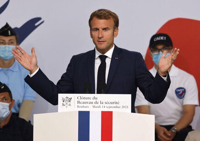Emmanuel Macron prononce le discours de clôture du Beauvau de la sécurité à Roubaix, le 14 septembre 2021