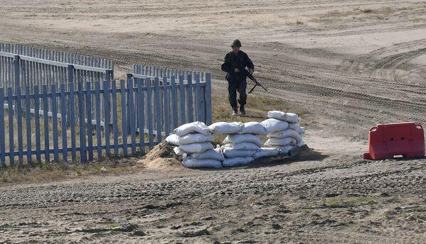 Les exercices Zapad 2021 constituent la dernière étape des entraînements conjoints des forces armées des deux États. Sur la photo: militaire lors des exercices Zapad 2021 sur le terrain d'entraînement Obouz-Lesnovski près de Baranovichi, en Biélorussie.   - Sputnik France