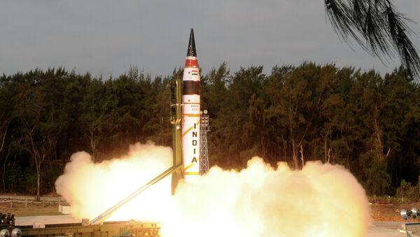 Missile à capacité nucléaire Agni-V - Sputnik France