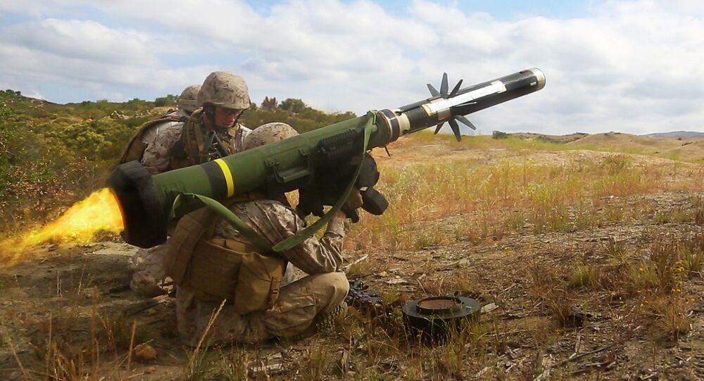 Un lance-missiles antichars Javelin