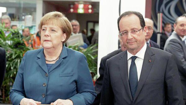 Francois Hollande und Angela Merkel - Sputnik France