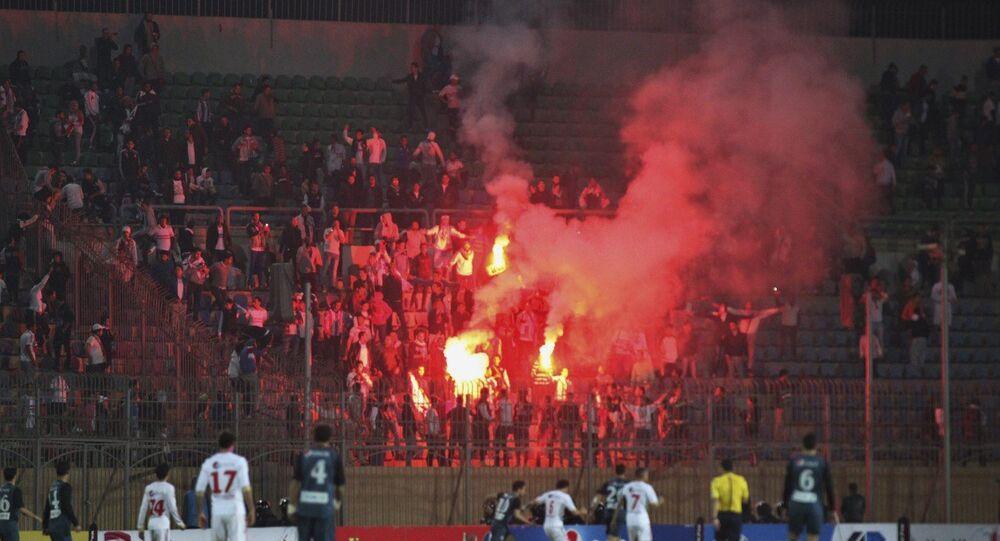 Des supporters  du club du Zamalek au Caire