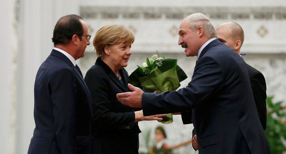 François Hollande, Angela Merkel, Alexandre Loukachenko et Vladimir Poutine (de gauche à droite)