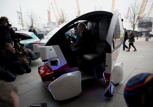 La première version de la mini-voiture Lutz Pathfinder