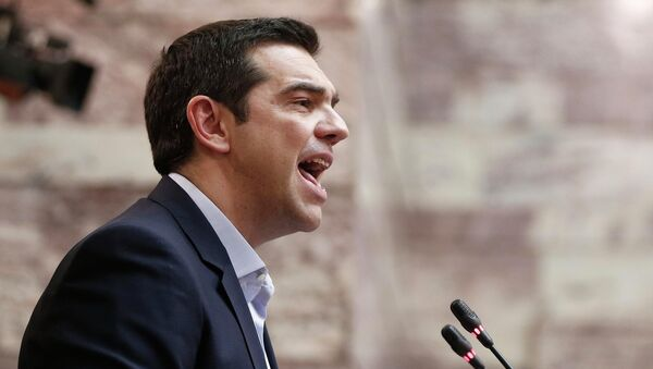 Greek Prime Minister Alexis Tsipras addresses lawmakers of his leftist Syriza party in the parliament February 17, 2015. - Sputnik France