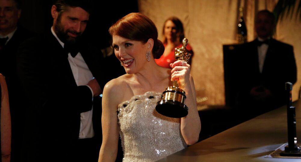 L'Oscar de la meilleure actrice a été décerné à Julianne Moore, interprète du rôle principal dans Still Alice