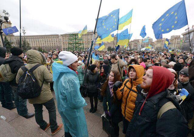 Partisans de l'association Ukraine-UE à Kiev